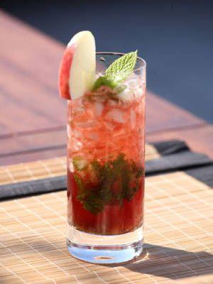 16 cocktails made with wine: Mint Leaves, Food, Wine Cocktails, Pink Julep, Pink Port, Apple Juice, As Sprig