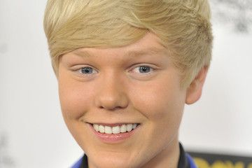 This is an amazing Jack Vidgen vždymá beautiful smile when someone smiles and looks like a beautiful smiling angel