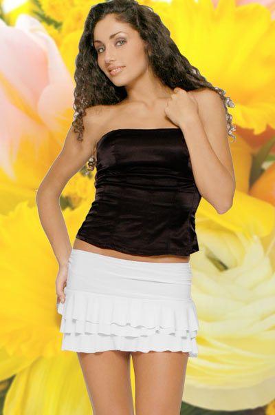 Abbigliamento da Donna http://www.abbigliamentodadonna.it/minigonna-elasticizzata-p-137.html Cod.Art. 000308 - Minigonna elasticizzata a balze dotata di fascia elastica in vita. Ideale per un look giovane, sbarazzino e trendy. Si abbina molto bene ad magliette top o senza manica, nel tuo stile casual preferito