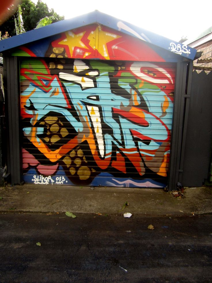 SLIKOR, others, and an angry fridge. St Peters, Sydney.