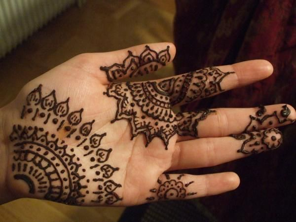 50 Intricate Henna Tattoo Designs « Cuded – Showcase of Art & Design
