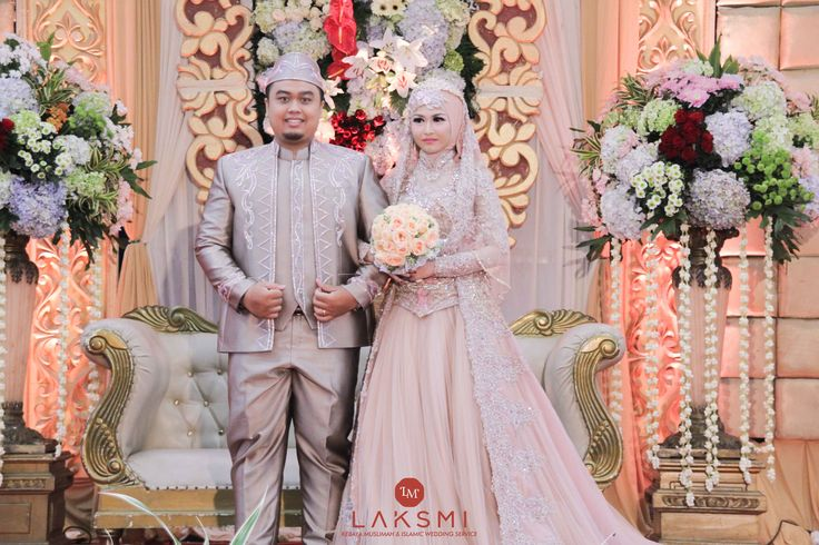 Tika & Niko Wedding oleh LAKSMI - Kebaya Muslimah & Islamic Wedding Service • Gaun pengiring pengantin | Bridal | Bridestory di Indonesia | Bridestory