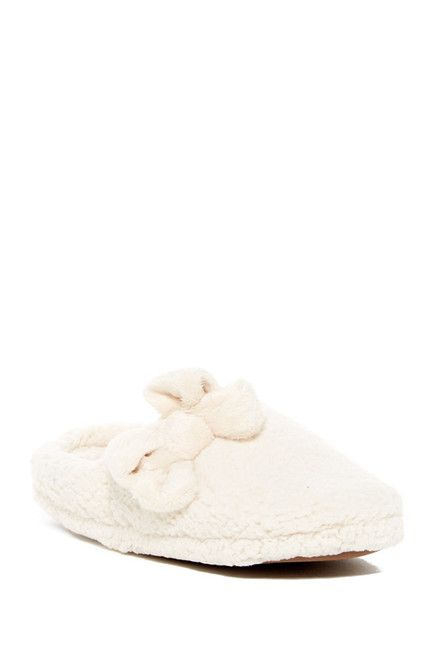 Image of Jessica Simpson Marshmallow Faux Fur Clog Slipper