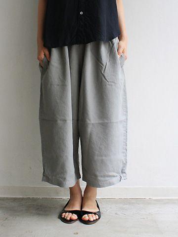 little sandals baggy pants