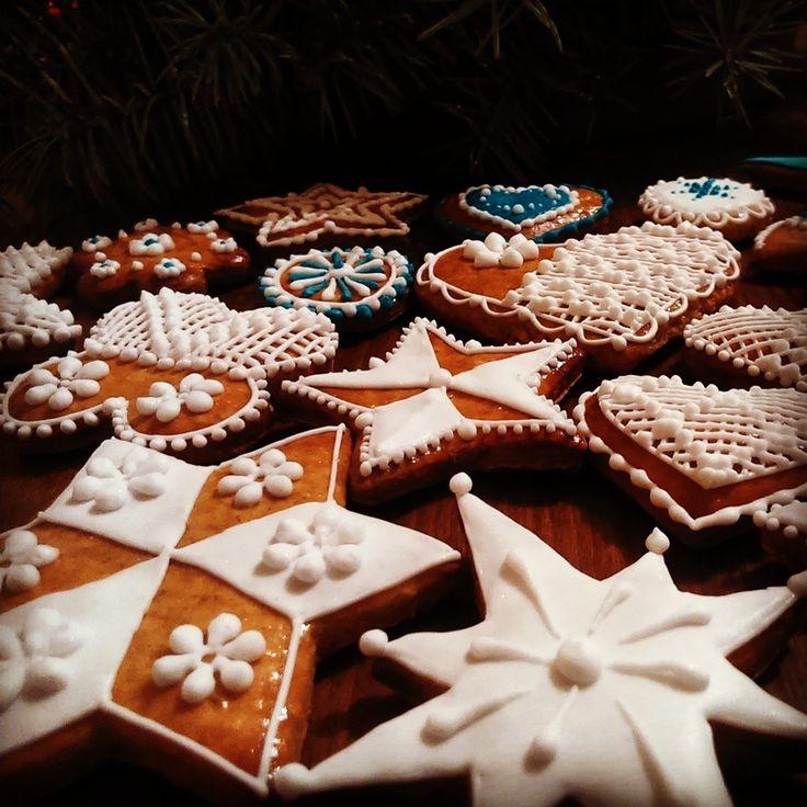 Christmas Honiees
