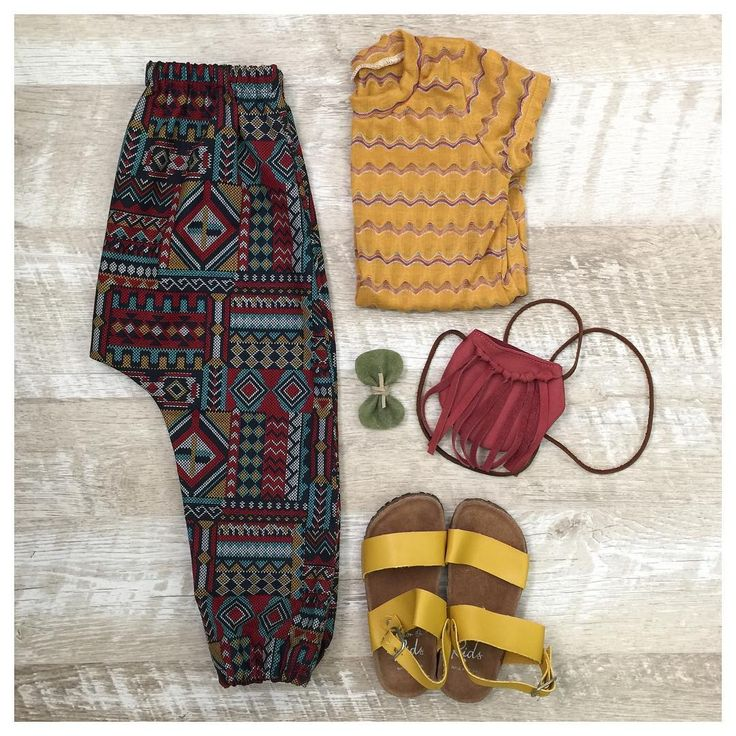 Boho fall perfection for little ladies. Tee and Balloon Pants by The Magpie Co.