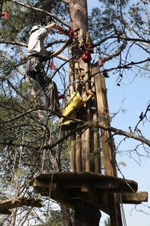 Building of an high rope course in Portugal - Altus