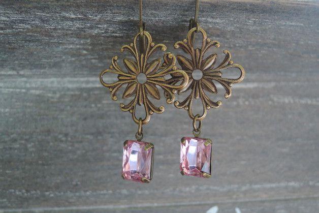 Verbazende details !!! Victoriaanse filigraan Kroonluchter Dangle Oorbellen Sieraden, Roze oorbellen. Zeer elegante Art Deco stijl antieke koperen oorbellen met mooie Roze kleur ovale...