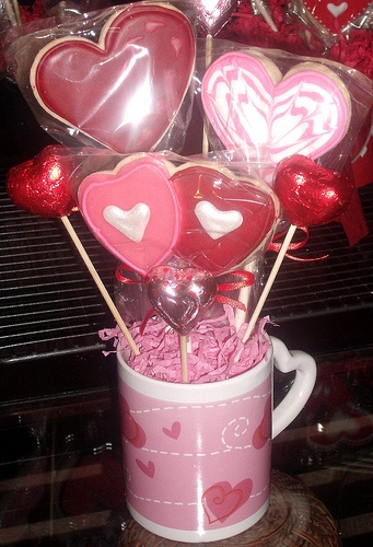 Valentines Day Cookie Bouquets & Baskets