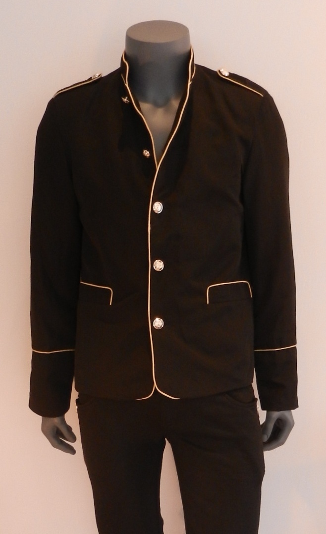 http://www.ikhonic.co.za/tops/button-blazer