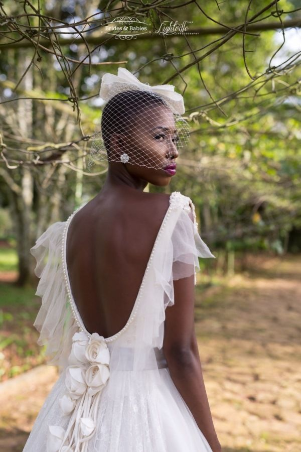 Natural Hair | Muna Bridal Beauty Inspo | Dresses, Accessories, Styling: Brides and Babies  | Photography: Lightville Photography