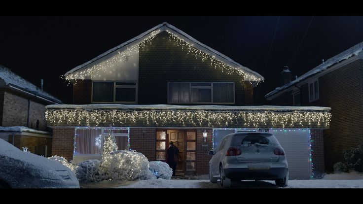 Watch the Boots Christmas TV advert 2014 for that festive feeling - nothing beats being together at Christmas, surrounded by the ones you love. So, whether i...