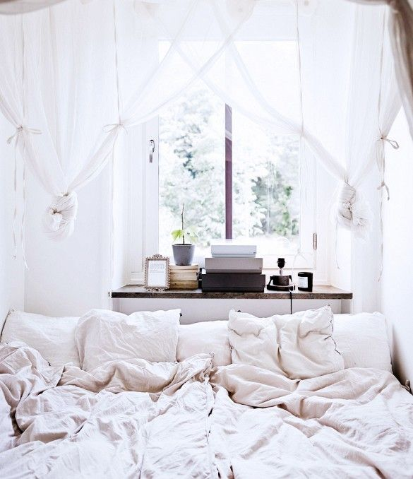Excellent Best Ideas About Tiny Bedrooms On Pinterest Tiny Bedroom With Bed  For Small Bedroom.