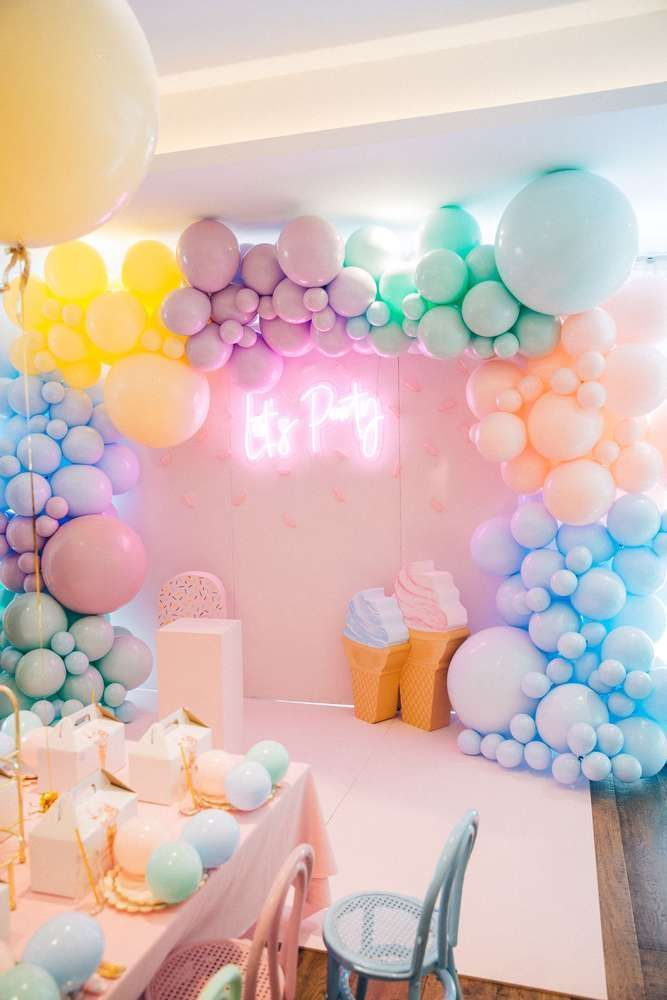 Pin By Nottingham Paper Goods On Balloons Party Styling In 2020 Birthday Party Balloon Ice Cream Birthday Party Birthday Decorations