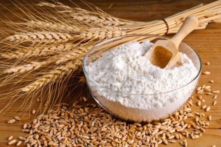 """La harina es un ingrediente muy importante para nuestra receta. Vamos a utilizar 600 g para hacer la masa de """"struffoli""""."""