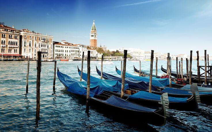 7018755-gondolas-venice.jpg (2880×1800)