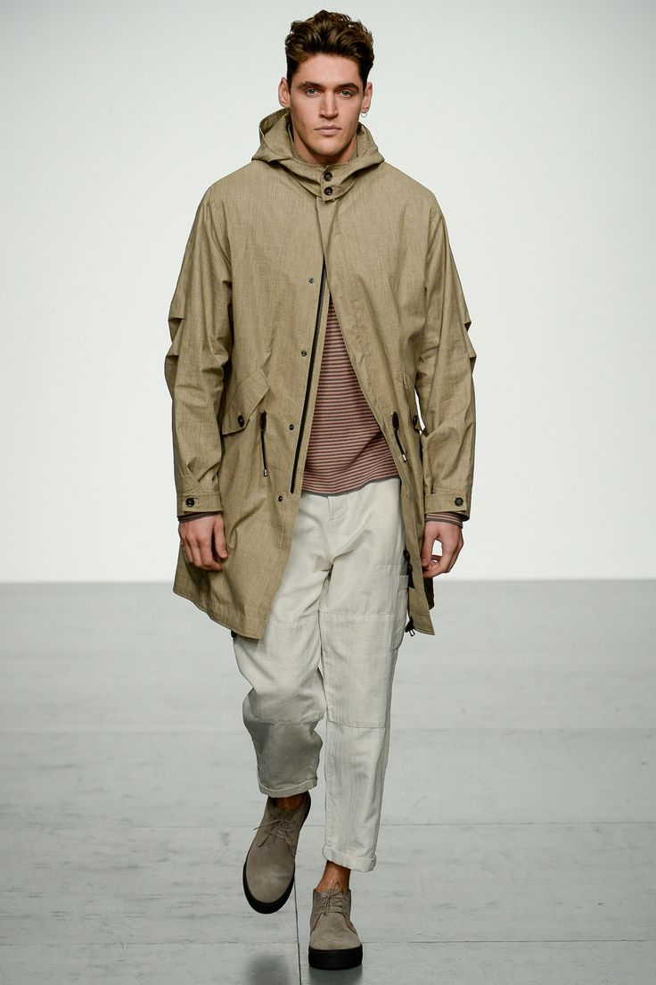 See the complete Oliver Spencer Spring 2018 Menswear collection.