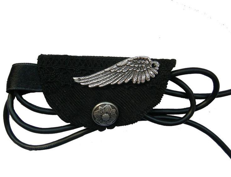 Handy-Zubehör - Kabelorganizer, schwarz, gothic, Organizer - ein Designerstück von Miss-ZierWeeerk bei DaWanda