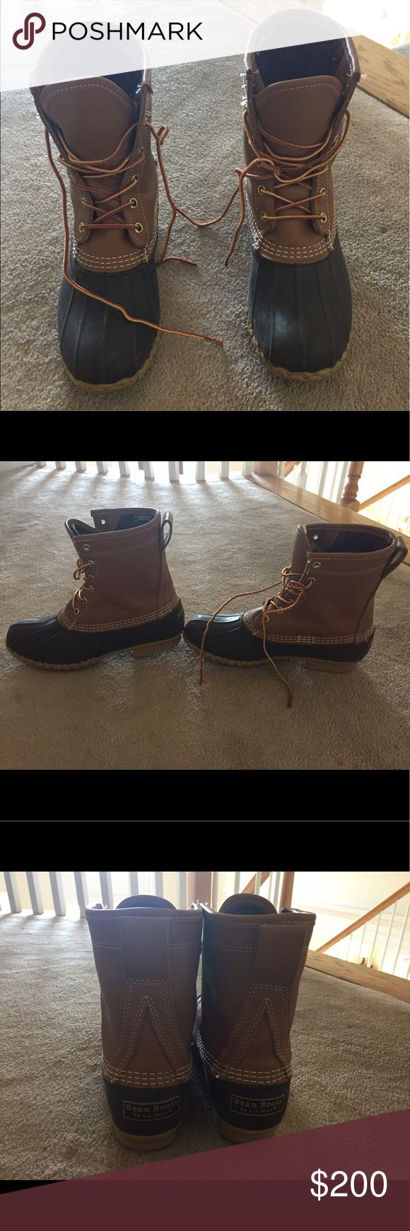 """Women's LL Bean Boots 8"""" Gore-Tex Thinsulate Warm, tight fitting, worn lightly mostly in rain or snow. Still in great case condition. L.L. Bean Shoes Winter & Rain Boots"""