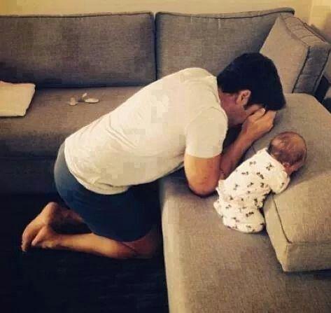 Hahah #daddy#baby#hide#seek