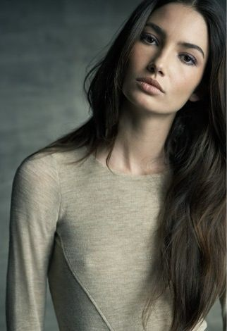 Lily Aldridge. Natural look so pretty.