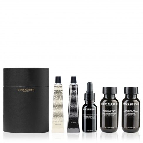 Grown Alchemist Facial Kit - We LOVE these Australian products! Grown Alchemist is a cruelty free, all natural skincare brand, which is perfect for your ethical wedding.