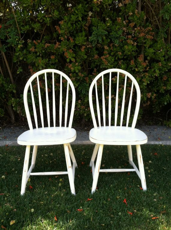 Set of 6 Shabby Chic White Chairs, Distressed, Wood, Spindle Chairs, Dining Chair, Kitchen Chairs, Painted White, (Los Angeles)