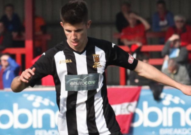 Chorley returned to the top of the Evo Stik League Premier Division with a battling 1-0 victory over strugglers Witton Albion