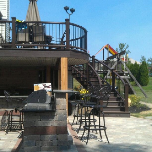 Awesome curved deck by dream decks in uniontown Ohio