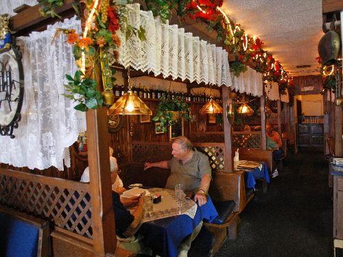Best 25+ Heidelberg cafe ideas on Pinterest Heidelberg, Cafe bar - cafe design entspannter atmosphare