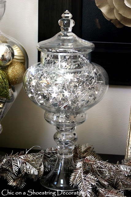 Chic on a Shoestring Decorating: Christmas Vignette #2, Silver & Gold (insert Burl Ives singing here...)