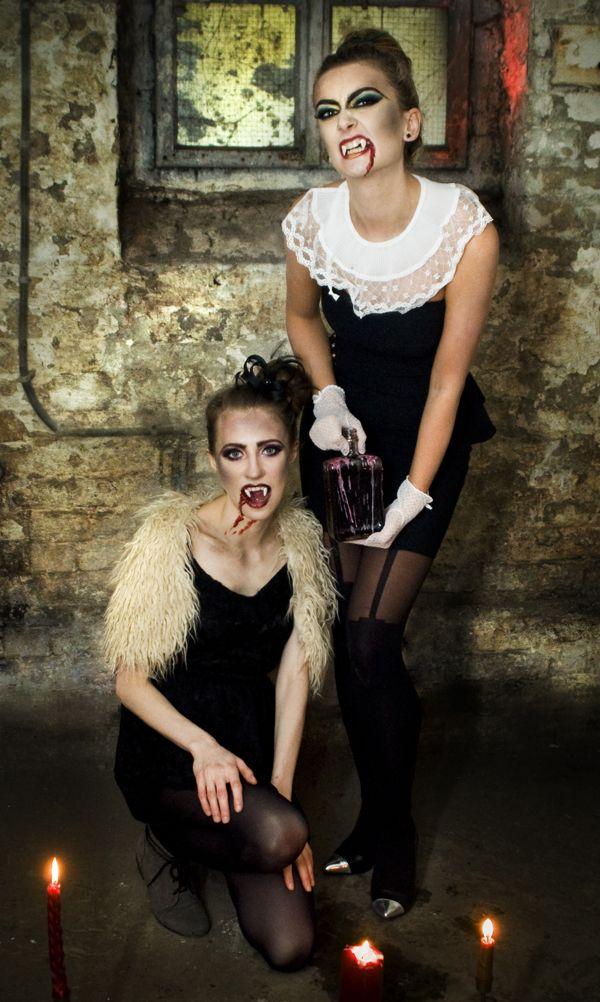 Lesbians vampire