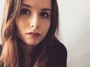 Cronaca: #Urbino #auto si #schianta contro un albero: Laura studentessa modello muore a 20 anni (link: http://ift.tt/2phRldu )