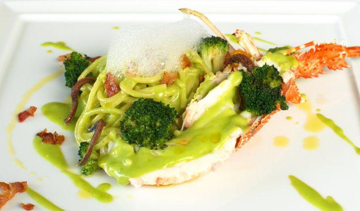 Spaghetti all'aragosta, crema di broccoletti e aria di bacon - Chef Chicco Cerea