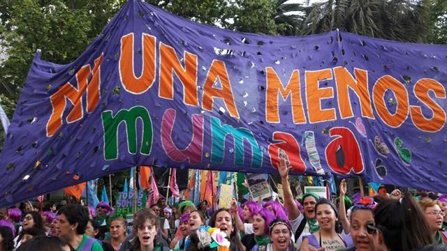 La consigna Ni una menos también estuvo presente en la marcha del Encuentro Nacional de Mujeres