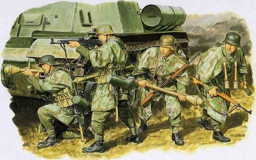 Panzer Grenadiers. | WWII INFANTRY | German soldiers ww2 ...
