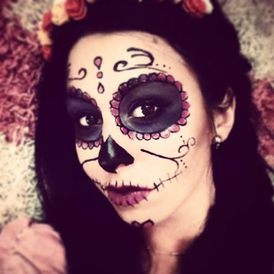 http://andreeamaria.com/sugar-skull-makeup-halloween/