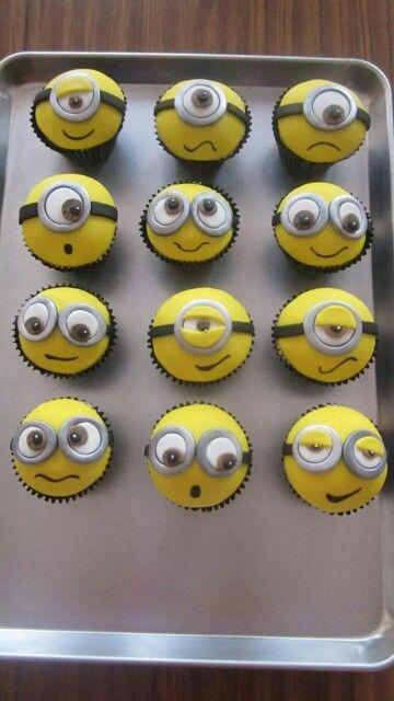 Cupcakes para festa com o tema Meu Malvado Favorito. Que luxo!