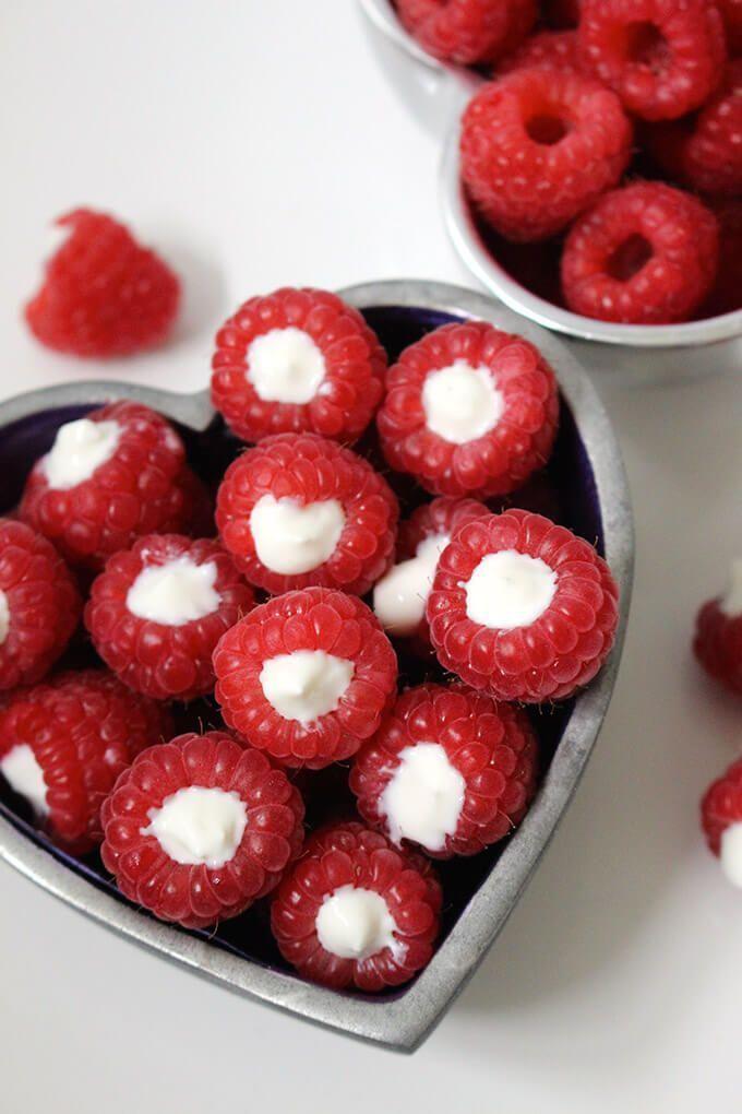 Estas frambuesas rellenas de yogur son una merienda deliciosa y saludable. Tus hijos serán   – Gesunde Desserts