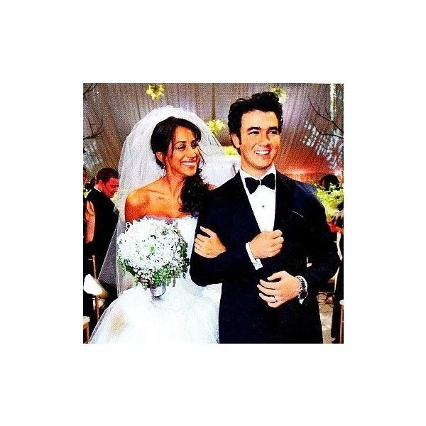 Kevin Jonas & Danielle Jonas (Kanielle) Icon by Marie. ❤ liked on Polyvore