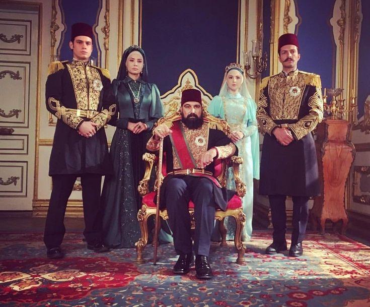 Султаны нашего времени фото