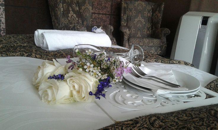 Wonderful decor in Bella Casa room for a romantic weekend. #BellaCasaRooms #Romance@BellaCasa #Roses&Champagne