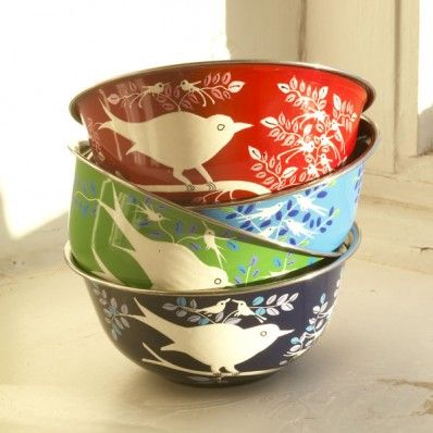 so sweet, old fashioned: Paintings Birds, Hands Paintings, Gifts Ideas, Paintings Bowls, Eva Hands, Fair Trade, Birds Bowls, Bright Colors, Stainless Steel