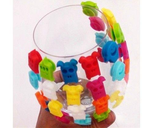 Szörnyes szilikon pohár jelölő 8 db. Szilikonból készült, jól tapad a pohár - bögre falára és nagyon cuki!