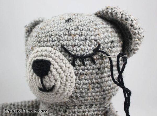 Amigurumi Tutorial: How to Add Faces to Your Amigurumi: Sleepy Eyes Step by Step here: http://squirrelpicnic.com/2015/03/06/how-to-add-faces-to-your-amigurumi-sleepy-eyes/