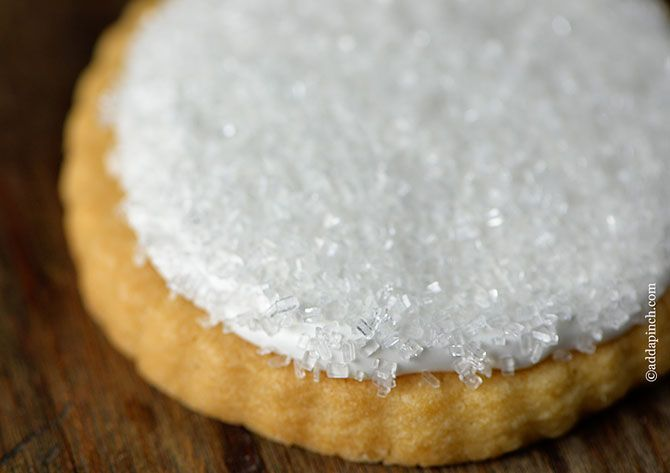 Cookie Icing Recipe   ©addapinch.com   Icing recipe, Cookie icing recipe without corn syrup ...