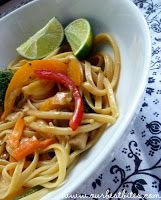 Veggies and Noodles with Thai Coconut Curry Sauce (copycat Noodles and Company 'Bangkok Curry')