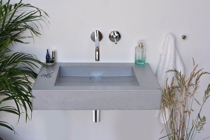 Concrete washbasin Gravelli Slant 07 Single in grey variant.