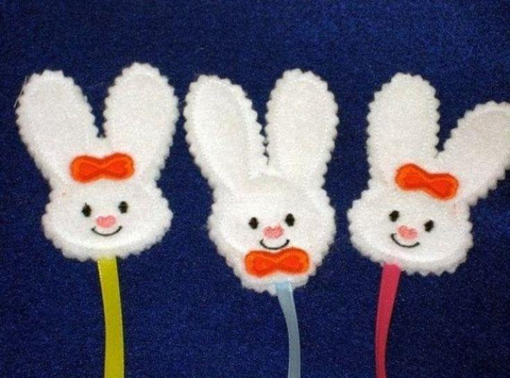In diesem Beitrag finden Sie Ideen dafür, wie man lustige Osterhasen basteln kann. Probieren Sie diese aus, die Ihnen am besten gefallen!
