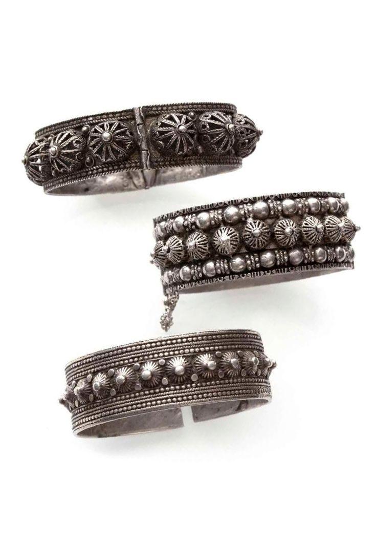 Algeria   Three silver hinged bracelets   Aures. ca early 20th century   280 € ~ sold (Dec '14)